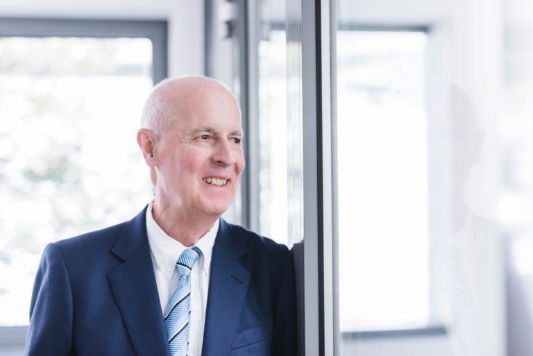 Dr. Joachim Strieder