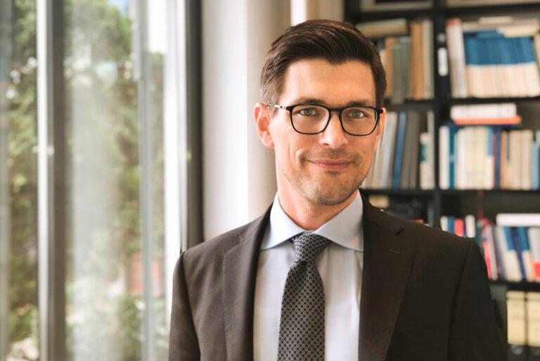 Sebastian Hoppe, LL.M. (AMU)